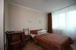 Отель «Островок», Бухарестская улица, 130/2, метро Дунайская.
